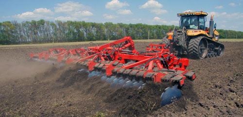 Первые испытания Дискотора 12х2 показали существенное повышение производительности обработки почвы при снижении...